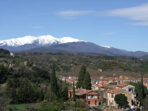 Vue montagne des Pyrénées Orientales proche du camping le Boulou