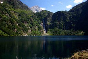 lac randonnée non loin du camping Pyrénées Orientales montagne